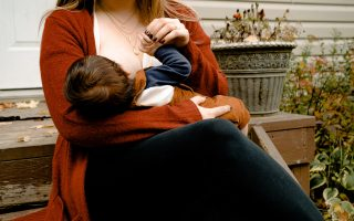 Breastfeeding in Public Tips